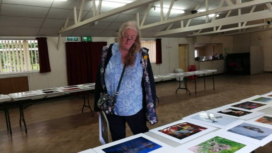 Jane Lines judging the Annual Prints