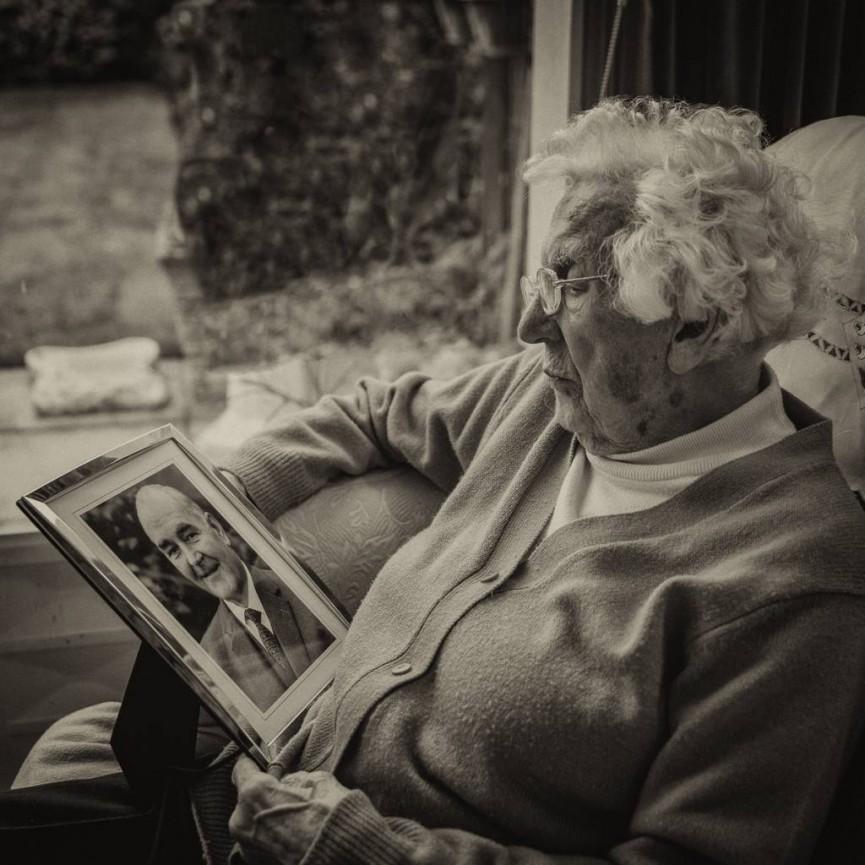 Ed Foy Edna Reflecting on Jimmy MP