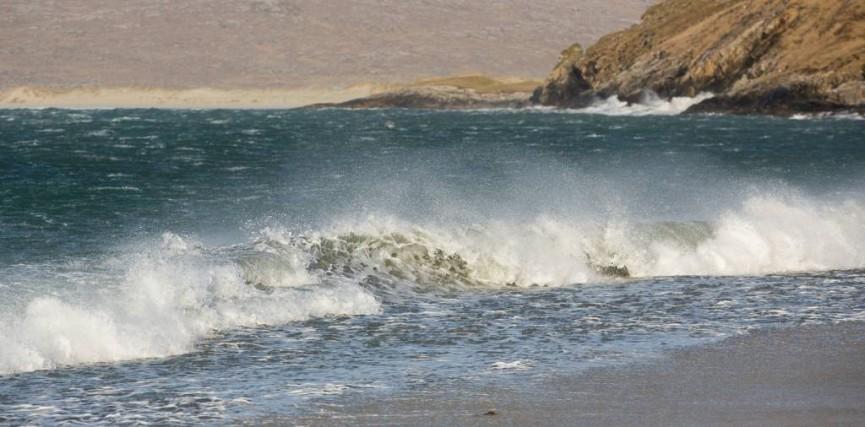 Sarah Bevan_Crashing waves