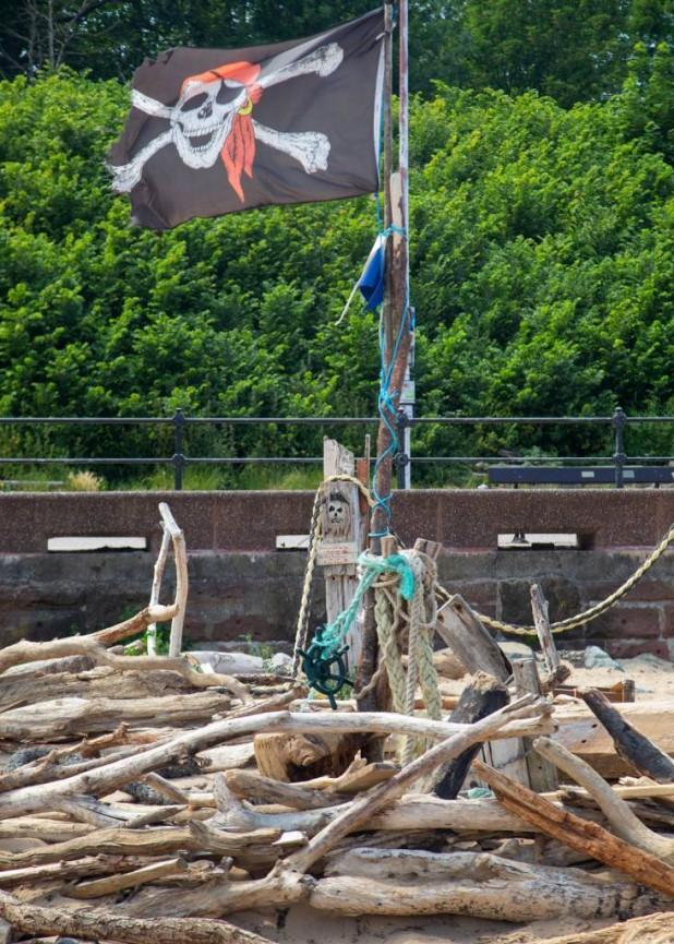 Peter Tormey Pirate Ship Wreck