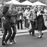 26 DANCING IN THE STREET