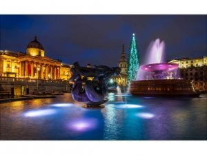 Trafalgar Square by Alan Shufflebotham